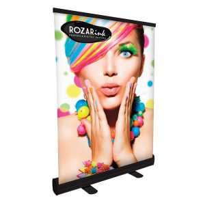 tabletop-retractable-trade-show-banner-24inches